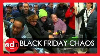 Black Friday Madness: Tнe Best Funny Moments Caught on Camera!