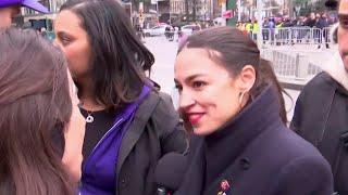 Alexandria Ocasio-Cortez Speaks At NYC Women's March | MSNBC