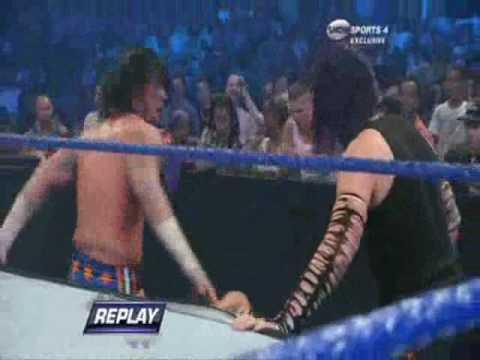 WWE Smackdown 8/7/09 Jeff Hardy vs CM Punk 2/2