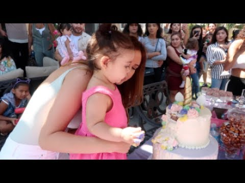 ELLE'S 1ST BIRTHDAY PARTY SPECIAL!!!