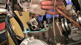 Remont Dwusuwa KTM 250 - Zakładanie Tłoka, Część 3