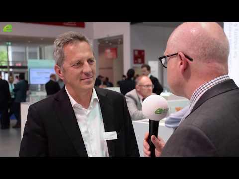 Zeitung E&M im Gespräch mit VTL Dr. Armin Keinath von CATERVA GmbH - Live vor Ort  | E&M TV - News