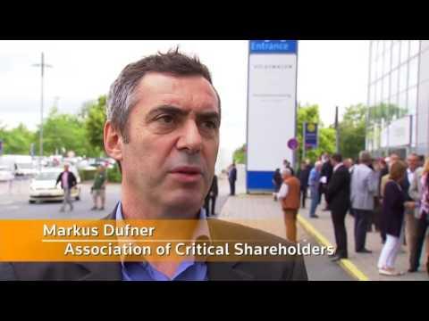 VW leaders struggle to appease shareholders