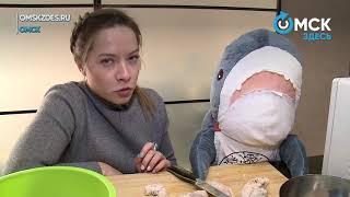 Как правильно готовить оливье? Учимся вместе с плюшевой акулой!