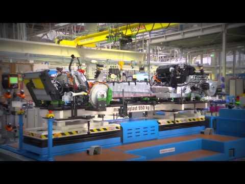 New BMW i8 Assembly Leipzig Plant 2014   Raw Footage