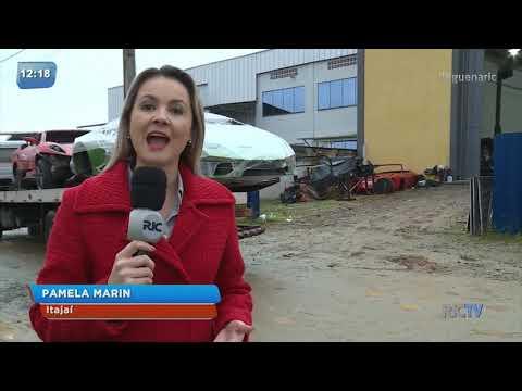 Polícia Civil fecha oficina que fabricava carros de luxo falsificados em Itajaí