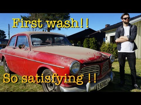 FIRST WASH in 8 YEARS!! Barnfind Volvo Amazon