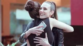 Juliana & Valentina - HUGS