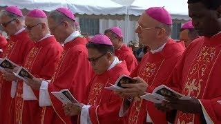 Phóng sự đặc biệt lễ kính hai thánh Tông Đồ Phêrô và Phaolô và làm phép các dây Pallium tại Vatican