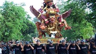 Download Video Video Festival Ogoh - Ogoh Di Cakra Mataram Lombok Seru FULL 27 Maret 2017 MP3 3GP MP4