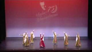 Vanoush Khanamerian Dance School - Uzundara (Bride's) Par - Armenian Traditional Dance