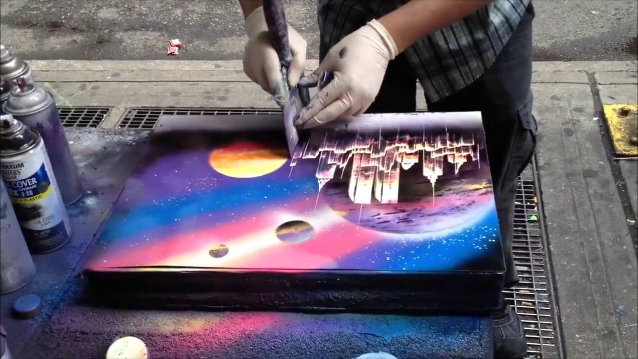 Amazingly Fast Spray Paint Artist - YouTube