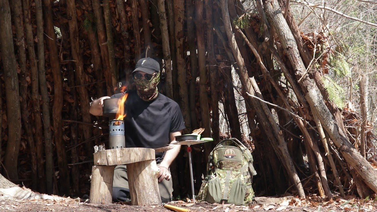 Campfire Oatmeal On A Twig Stove At The Bushcraft Camp | Building A Fire Pit, Peeling Bark