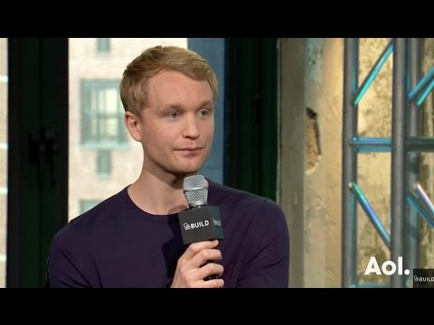 "Björn Gustafsson Discusses His TBS Show, ""People Of Earth"" 