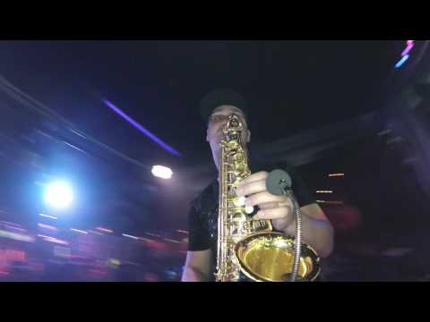 Eric Prydz – Liberate (Saxophone live)