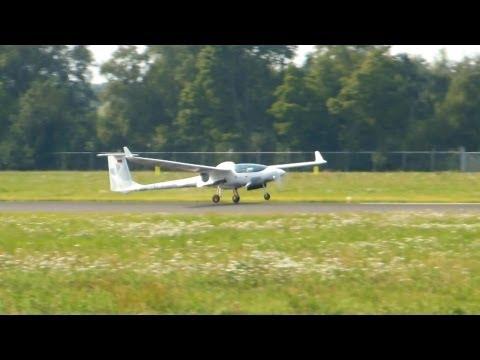 Stemme S-15 motor-glider ▻ Landing and Takeoff ✈ Groningen Airport