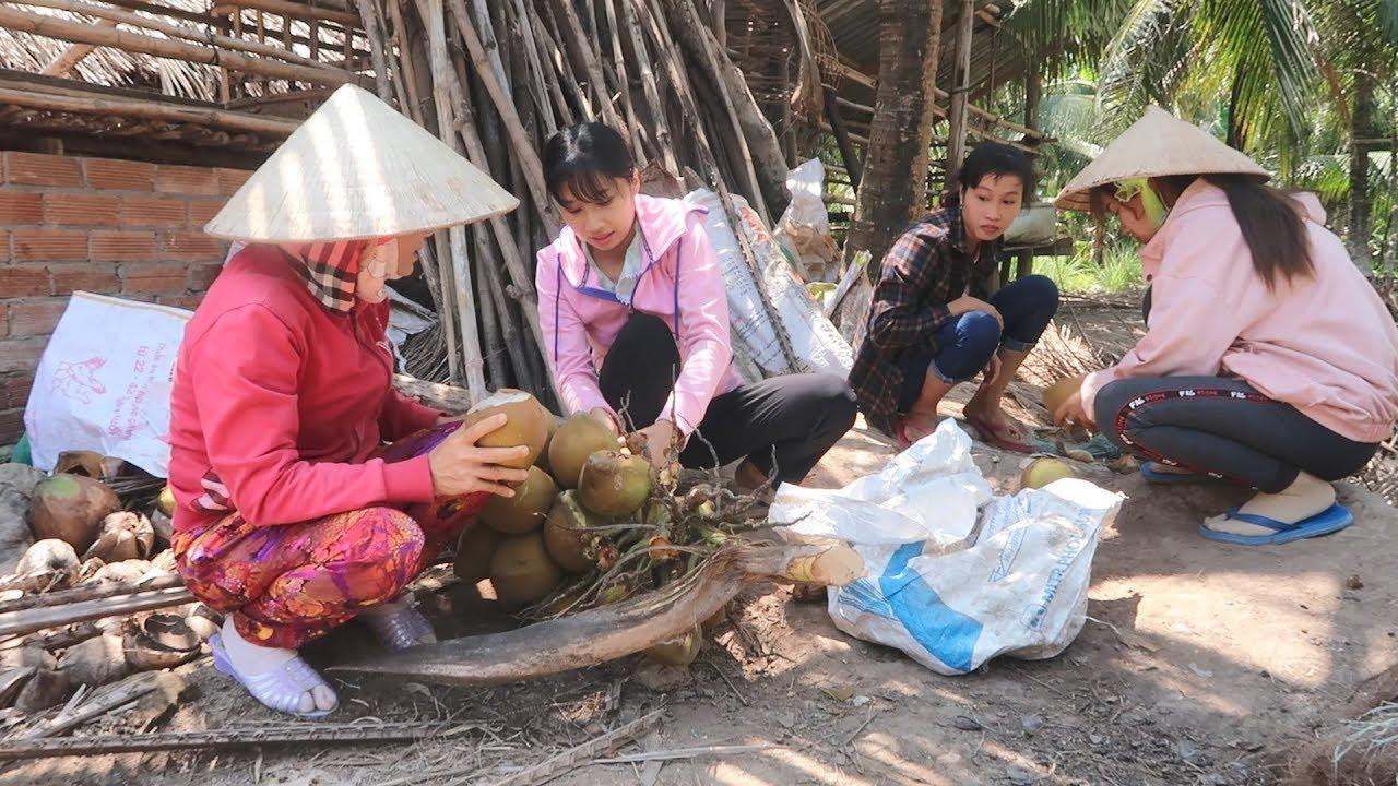 Gái Bến Tre Trèo Dừa Còn Nhanh Hơn Khỉ - Em Gái Quê - Bến Tre