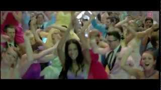 Papa Toh Band Bajaye Housefull 2 Feat. Akshay Kumar, John Abraham.FLV