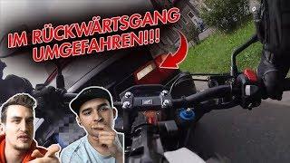 Er fährt den Motorradfahrer rückwärts um - German Road Rage - Reaktion mit Blackout