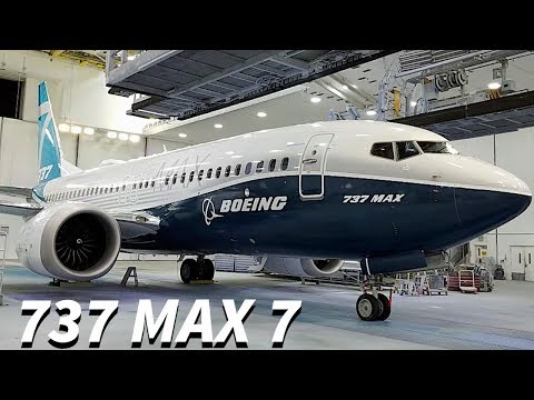 The FIRST 737 MAX 7 Debuts!