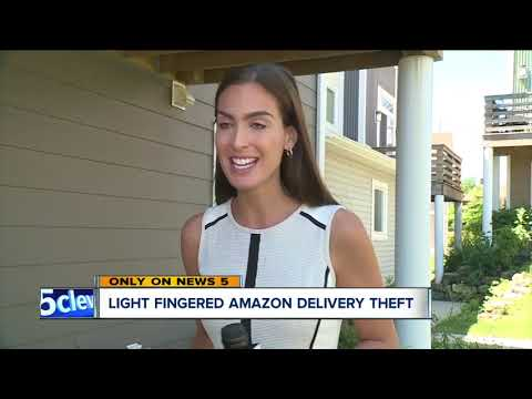 CAUGHT ON CAMERA: Amazon delivery driver caught stealing package