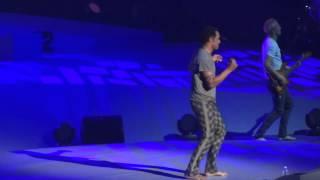 """LIVE """"Destination Ailleurs """" Yannick Noah HD@ Montpellier Arena 12-2014"""