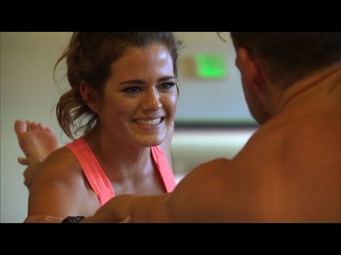 WATCH: 'Bachelorette' JoJo Fletcher's Date is So Awkward She 'Wants to Die'