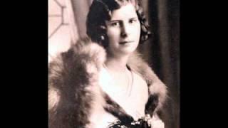 NELLIGAN, Émile - Devant deux portraits de ma mère.