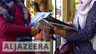 Afghan women's magazine 'Gellera' challenges local traditions(, 2017-06-10T14:16:37.000Z)