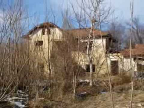 Property with 1200 m2 of land, 23 km from Danube River