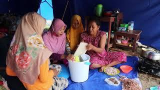 UItdelen hygienekits na aardbeving Sulawesi, Rode Kruis
