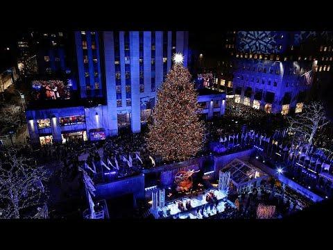 Albero Di Natale New York.Acceso L Albero Di Natale Al Rockefeller Center Di New York