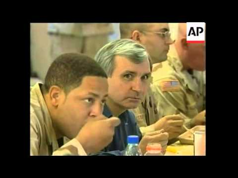 Hillary Clinton has Thanksgiving dinner with US troops