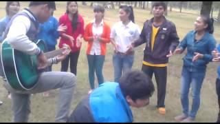 Sinh viên gia lai cùng nhau hát thờ phượng chúa