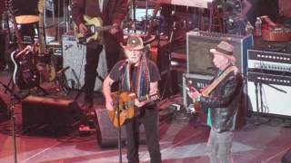 Willie Nelson and Keith Richards Reasons to Quit- Merle Haggard Tribute, Nashville, TN 4/6/17