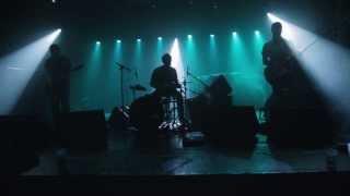 Elektro Guzzi : live aux Trinitaires [MV18]