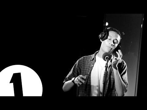Loyle Carner - Heard 'Em Say (Kanye West cover) - Radio 1's Piano Sessions