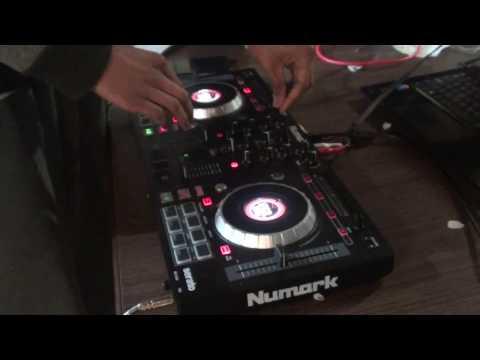My First Mix! (Numark Mixtrack Platinum)