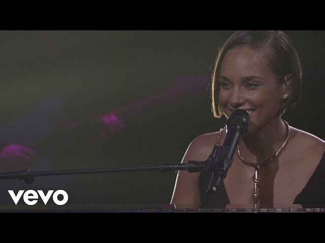 Alicia Keys - A Woman's Worth (Live from iTunes Festival, London, 2012)