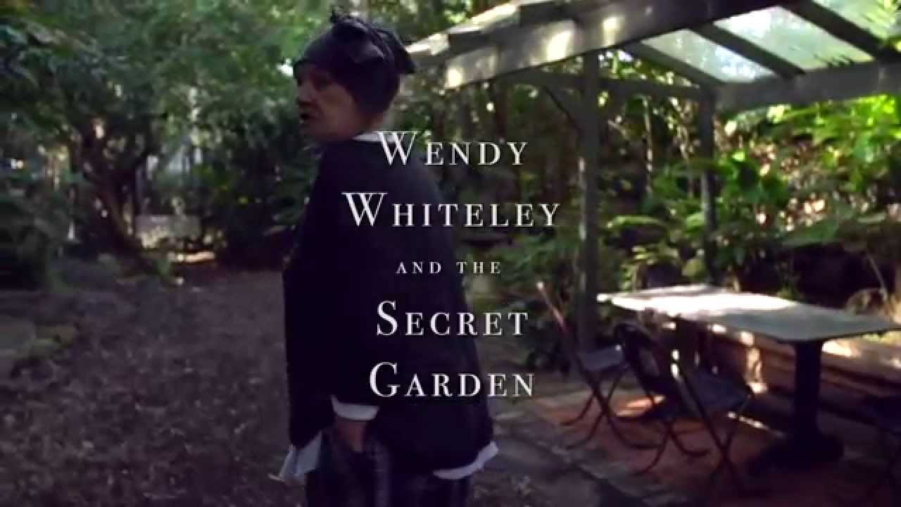 Wendy Whiteley And The Secret Garden Youtube