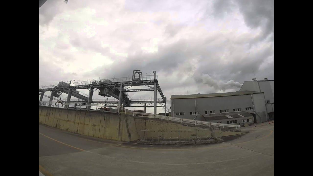 石垣島の製糖工場 - YouTube