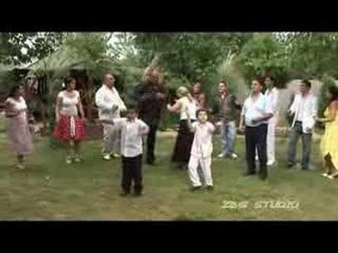Dani Family VIDEÓ OFFICIAL ZGSTUDIO █▬█ █ ▀█▀ letöltés