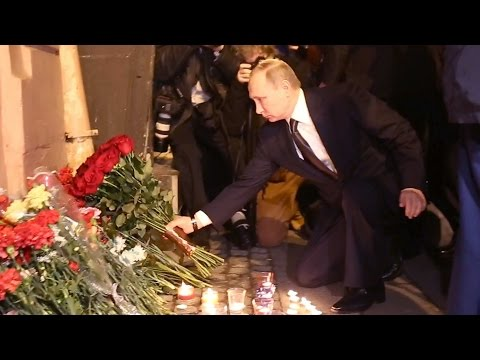 President Putin pays floral tribute to Russian subway blast victims