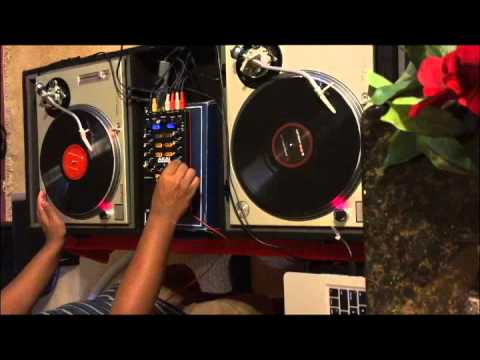 First Mix on Technics 1200's Turntables