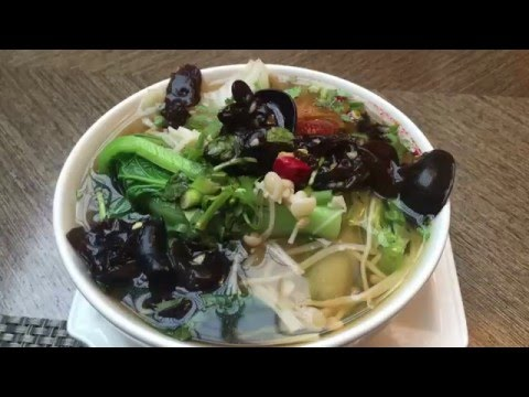 Noodle Soup Breakfast & Traditional Chinese Dinner in Jiaxing, China