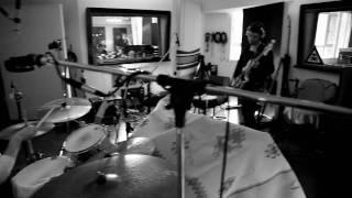 Tim Neuhaus & The Cabinet recording their album