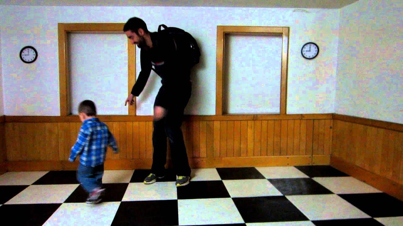 Ames Room Illusion Youtube