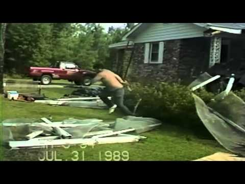 Funny clip dont do it yourself home improvement fails youtube funny clip dont do it yourself home improvement fails solutioingenieria Gallery