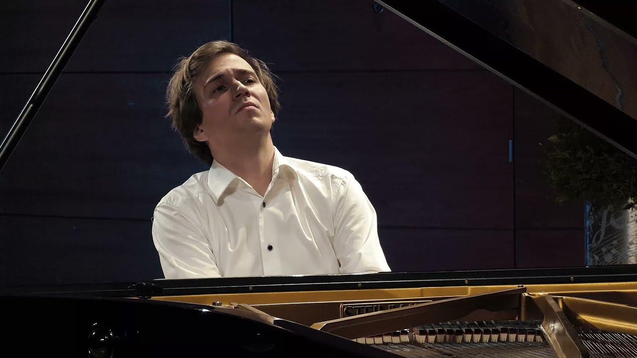 Andrzej Wiercinski – piano, Scarlatti, Schubert, Liszt, Rachmaninoff, Ligeti, Chopin
