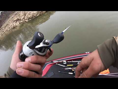 RACCOON LAKE INDIANA WINTER POOL FISHING